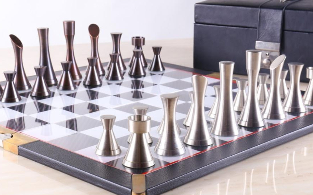 4 Modern Chess Sets And Boards World Chess Pieces