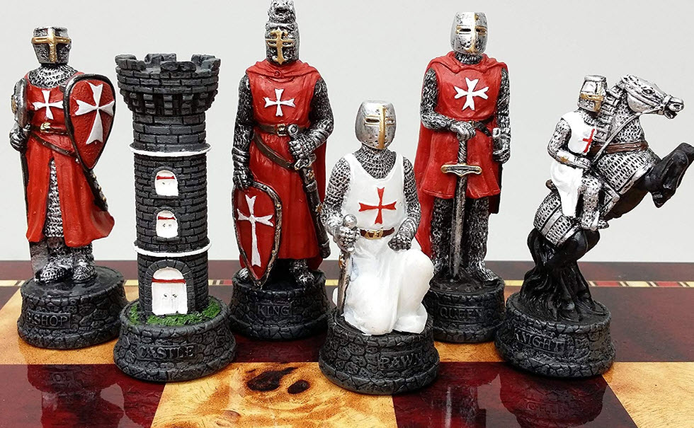 Medieval Times Crusades Knight Chess Set