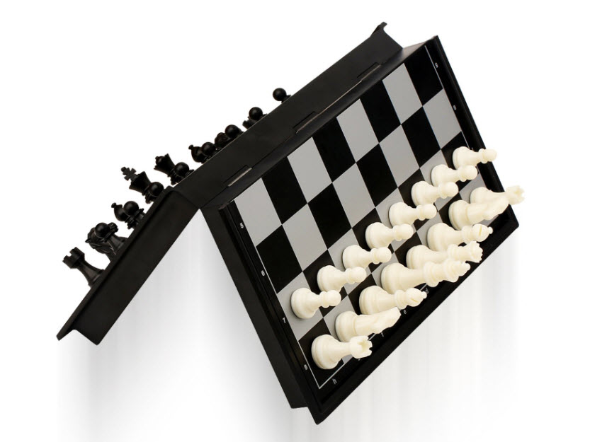 Quadpro Magnetic Folding Travel Chess Board Set