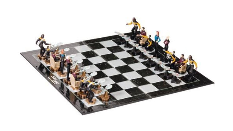 Star Trek The Next Generation Chess Set