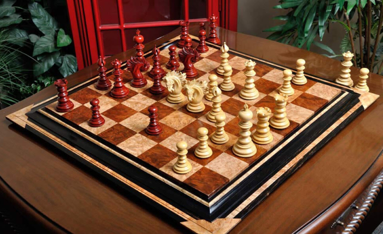 The Savano Series Luxury Wood Chess Set