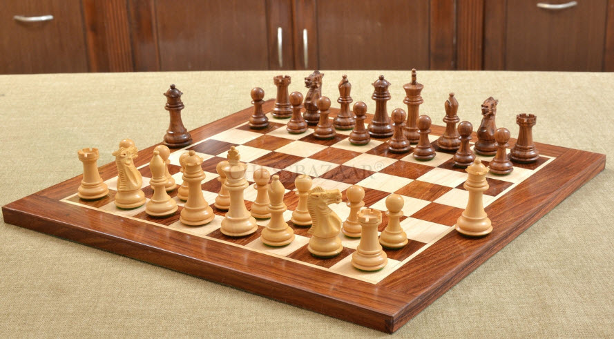 The Contemporary Staunton Series Chess Pieces With Chess Board