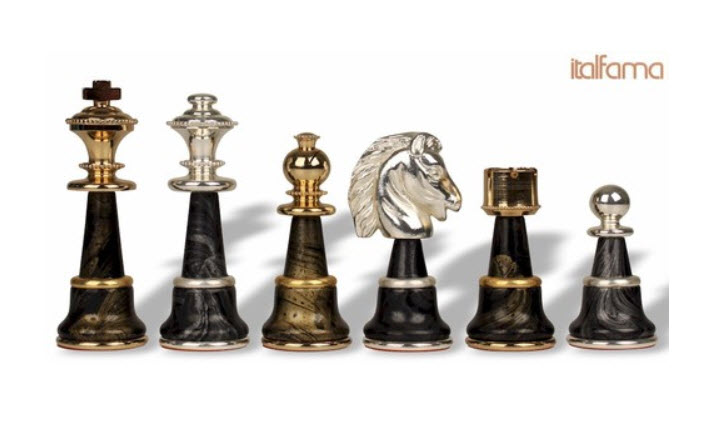 Variegated Gold & Silver Chess Set